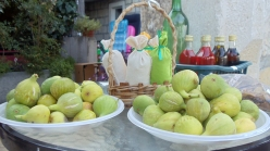 figs-and-olive-oil2